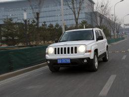 Jeep自由客长期测试(1)城市中驾驶感受