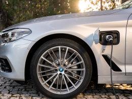 宝马将携多款插电混动车型参加纽约车展