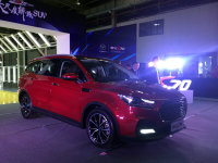 7座轿跑SUV 君马首款车型S70正式下线